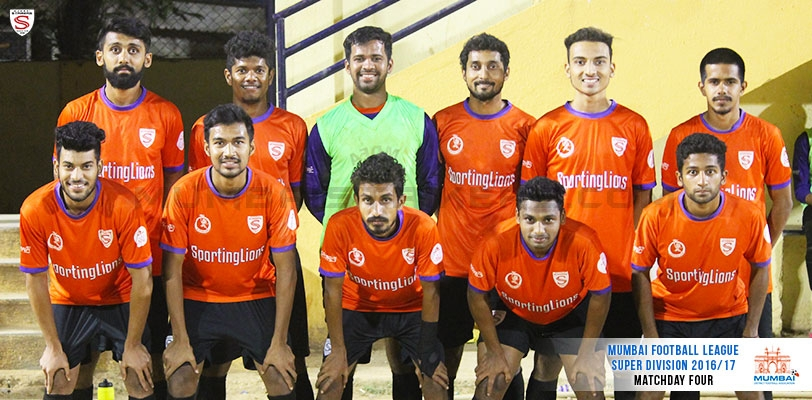 Ten men Mumbai Strikers rescue a point against table toppers Century Rayon
